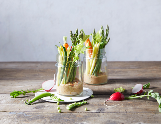 Vegetable matchsticks with satay sauce